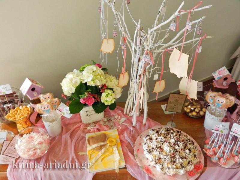 Συνδυασμός Sweet Buffet και τραπέζι ευχών