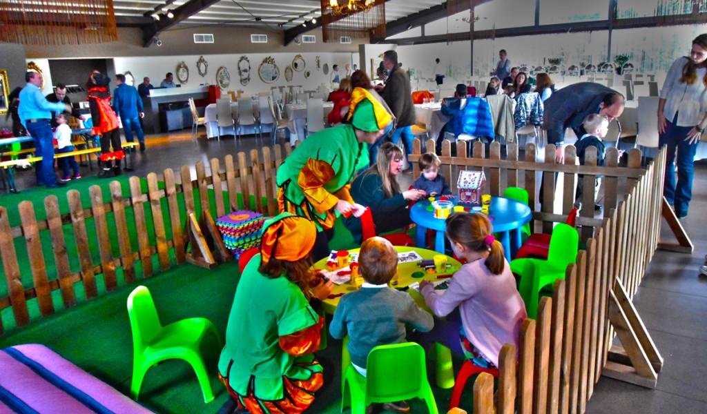 Παιδικό εταιρικό πάρτυ που φιλοξενήσαμε με πολλές εκπλήξεις για τους μικρούς καλεσμένους