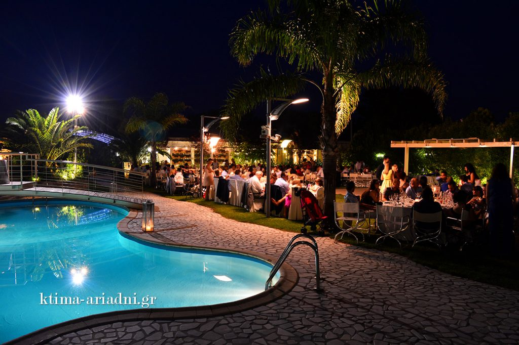 kalokairinos gamos varibobi ktima ariadni beautiful night by the pool