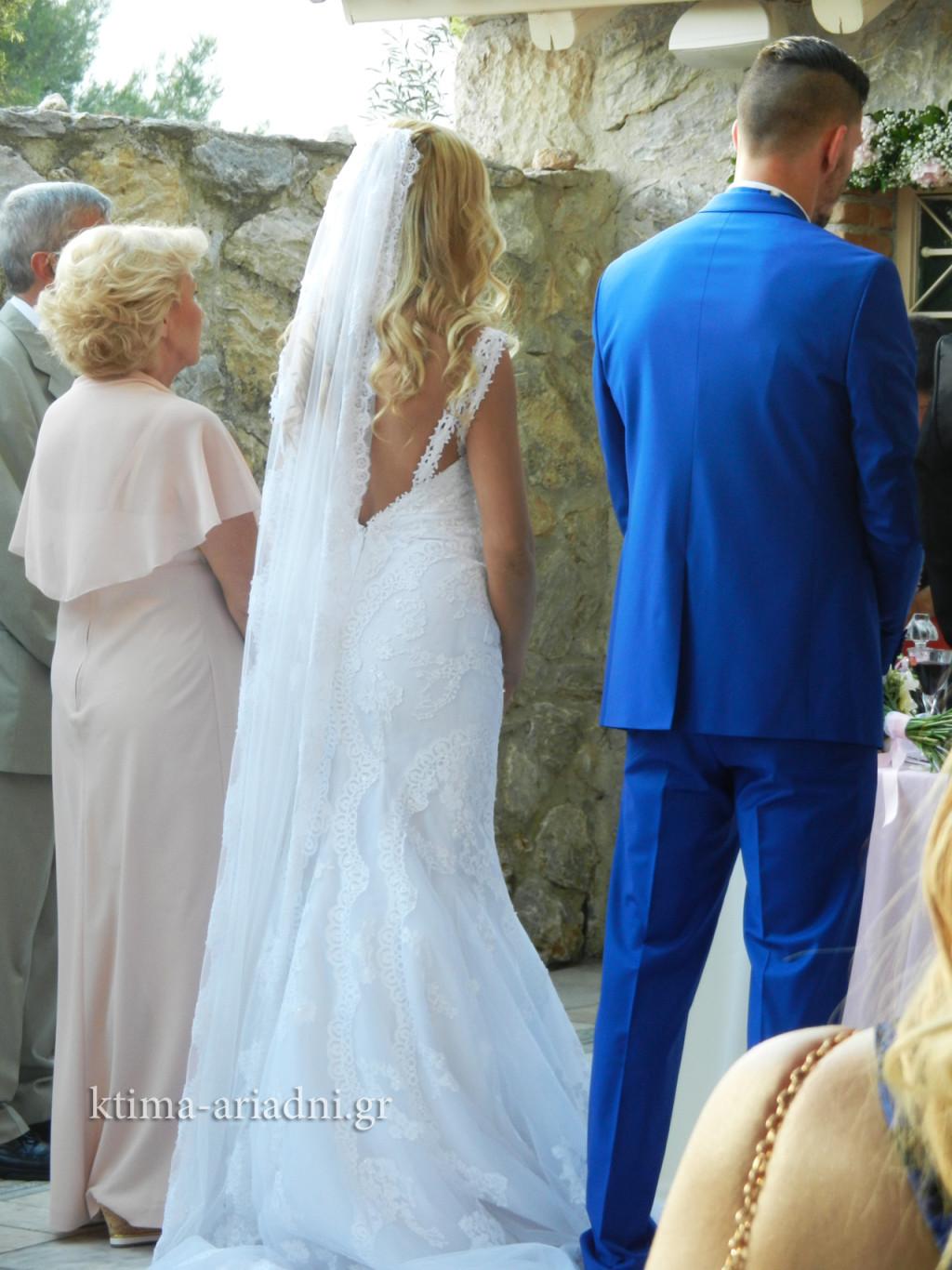 Γάμος του ποδοσφαιριστή Βαγγέλη Μάντζιου και της Ειρήνης Αντώναρου στο κτήμα Αριάδνη