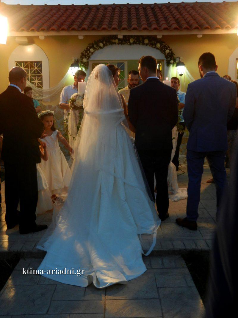 Γάμος στο εκκλησάκι του Αγίου Γεωργίου στο κτήμα Αριάδνη