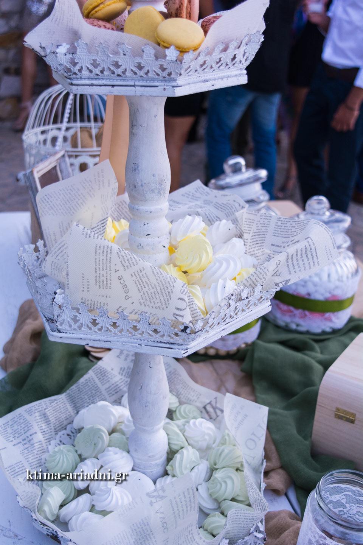 Τα γλυκά, πέρα από την φανταστική τους γεύση, έχουν και μια λαχταριστή παρουσίαση