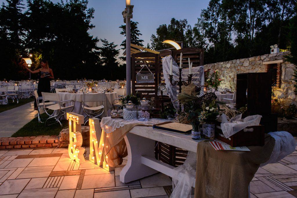 diakosmisi trapezi efxon rustic chic wedding ktima ariadni