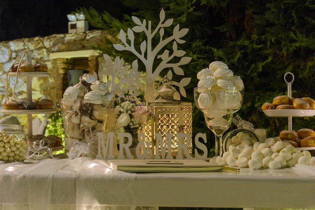Τραπέζι ευχών με φαναράκια μαροκινά