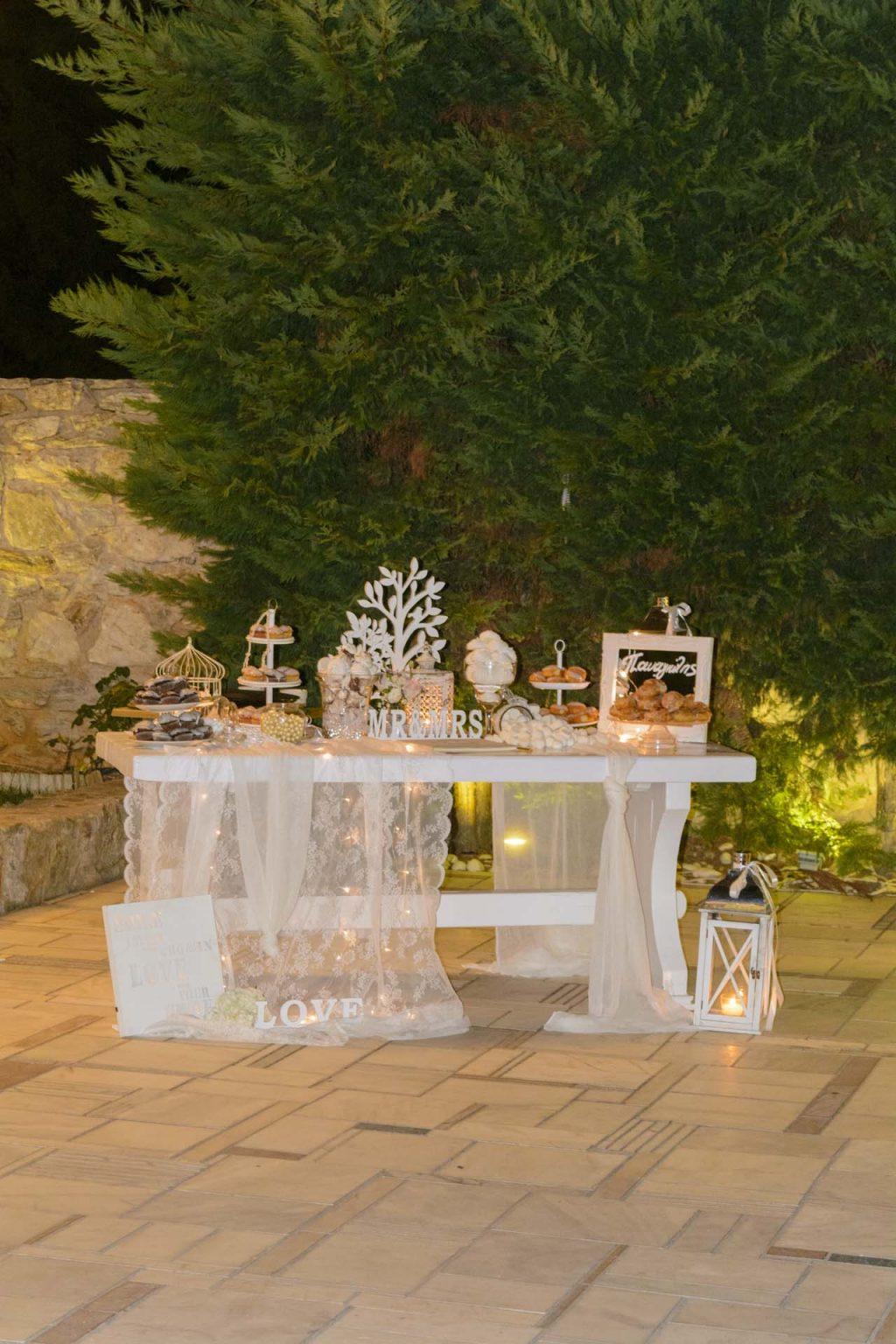 Τραπέζι ευχών ρομαντικό