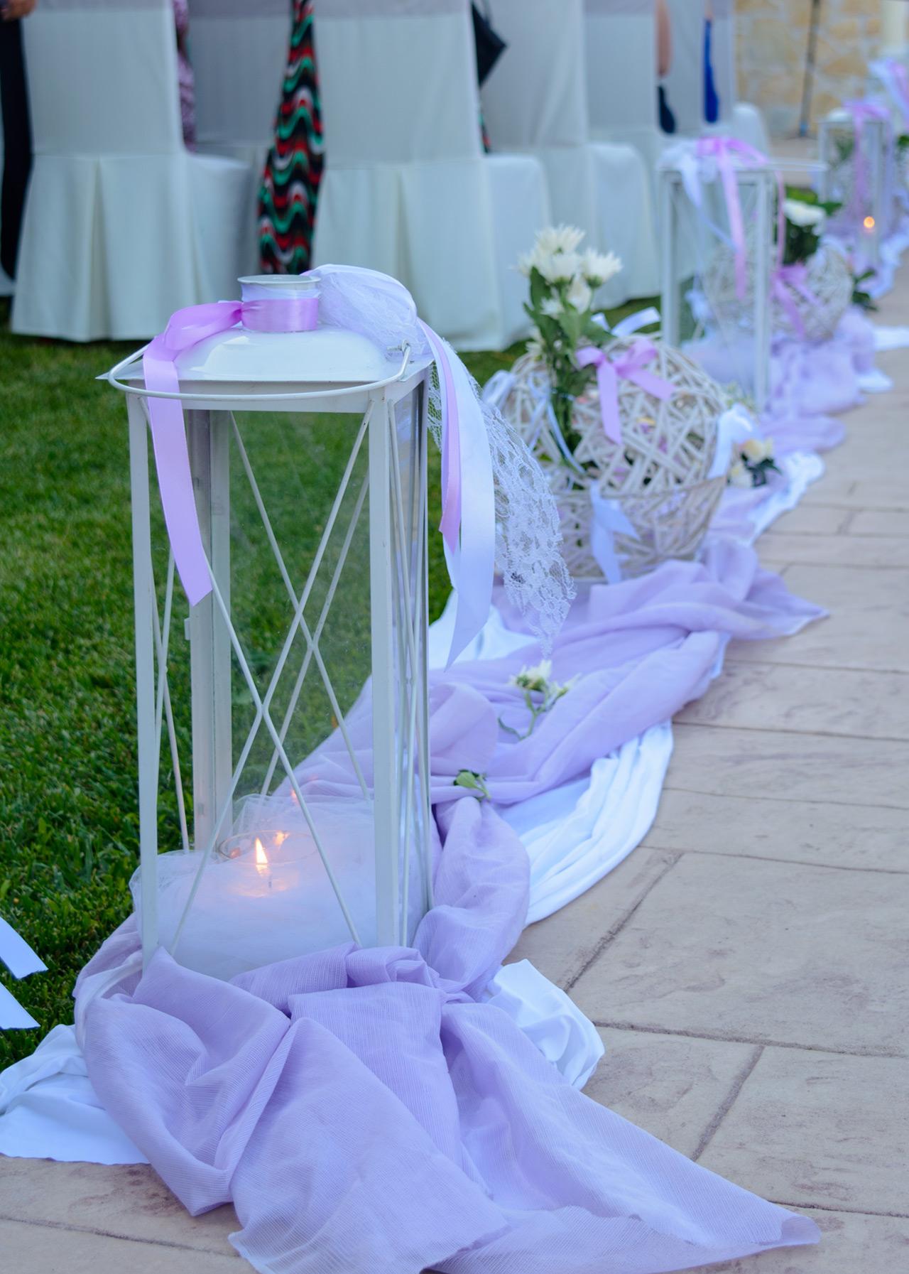 stolismos ekklisias fanaria lilac kordeles lefkes mpales