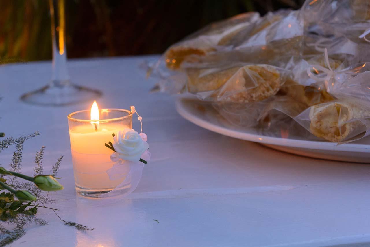 """Τα κεριά """"ζεσταίνουν"""" την ατμόσφαιρα"""