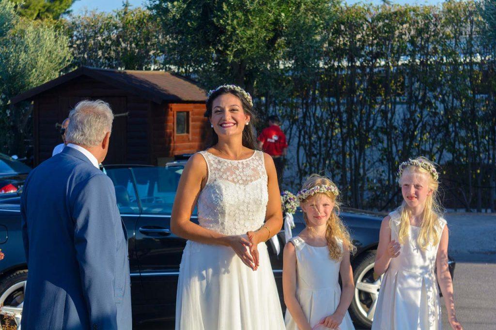 Η νύφη με τα παρανυφάκια