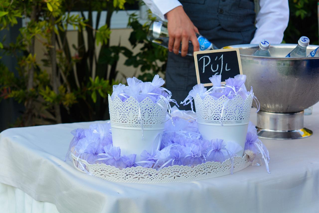 Το έθιμο με το ρύζι στον γάμο τηρείται χωρίς περιορισμούς στο κτήμα Αριάδνη