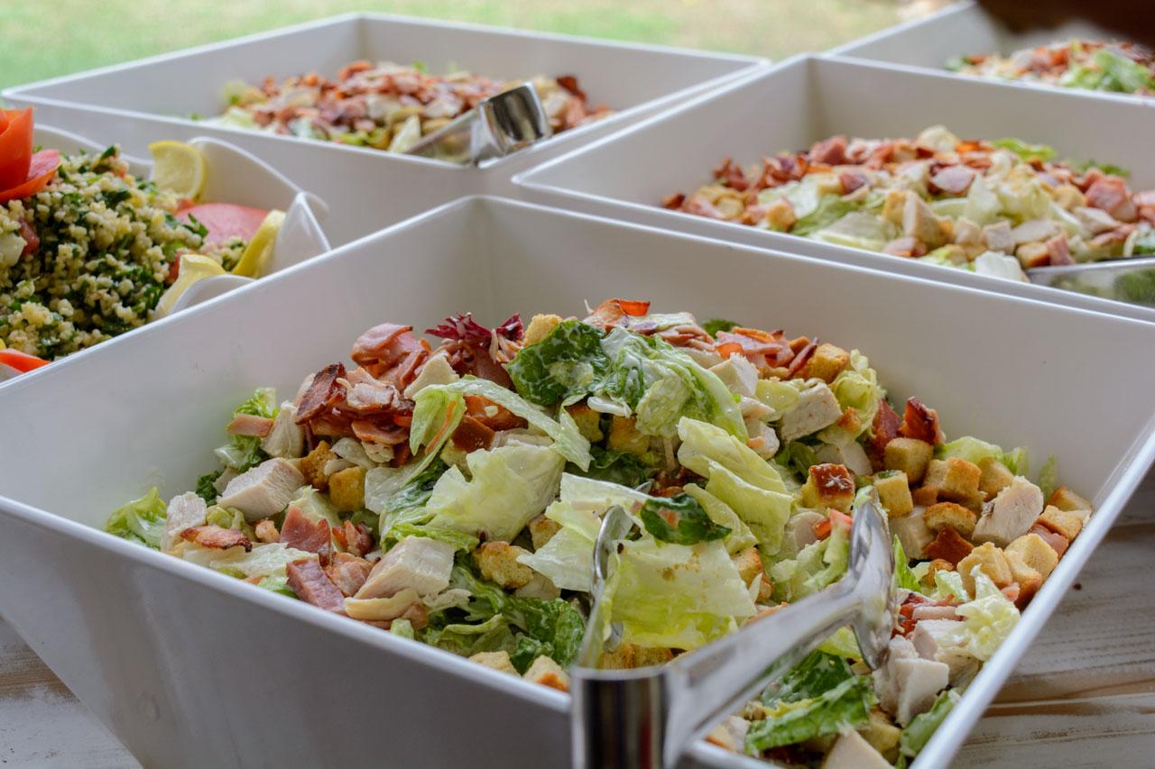 σαλάτες με φρέσκα λαχανικά