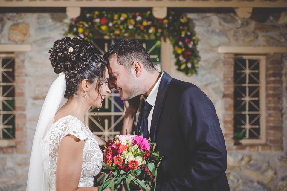 Η Έλενα, ο Σωτήρης και ο elegant φθινοπωρινός γάμος τους στο Κτήμα Αριάδνη