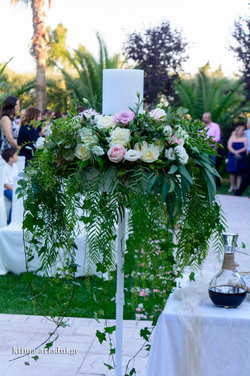 Στολισμένη λαμπάδα γάμου