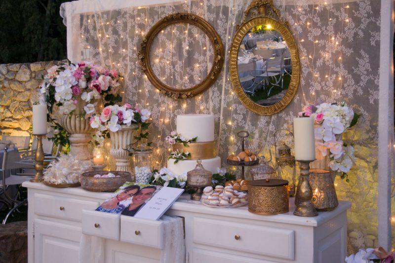Welcome σκηνικό σε αυγουστιάτικο γάμο