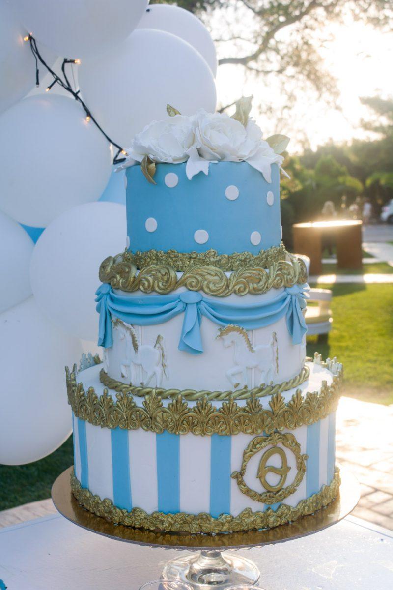 Λεπτομέρειες από την τούρτα για τον Θοδωρή με θέμα carousel