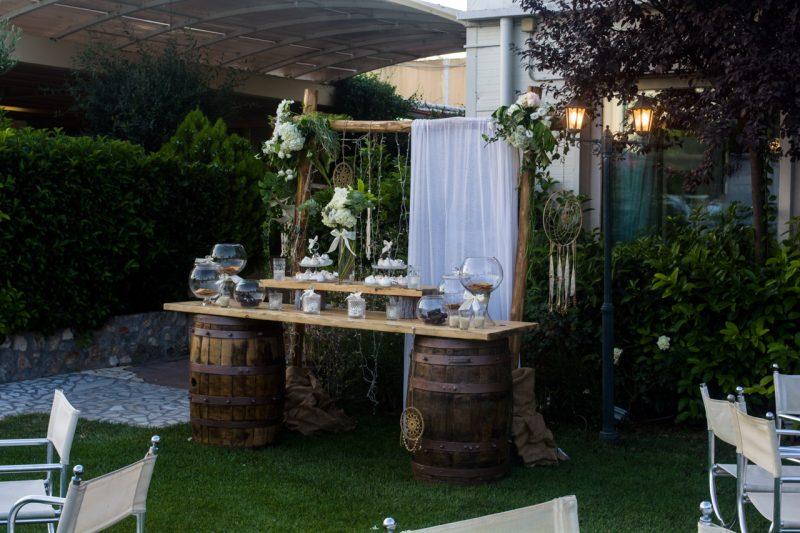 Τραπέζι ευχών σε rustic και country style