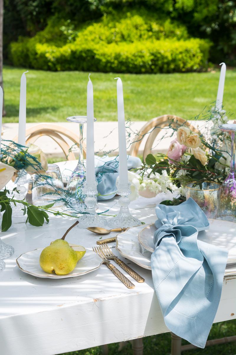 pastel αποχρώσεις στη διακόσμηση του γαμήλιου τραπεζιού