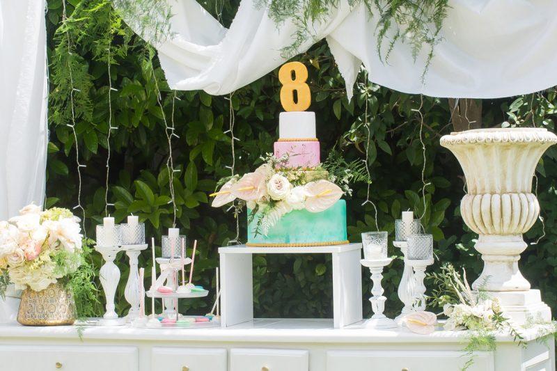 Η τούρτα για τα 8 χρόνια απόλυτα ταιριαστή με την αισιόδοξη και χαρούμενη πλευρά της ζωής